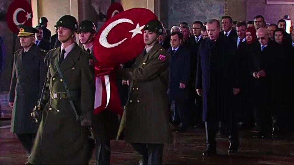 Türkiye Ata'sını Anıyor
