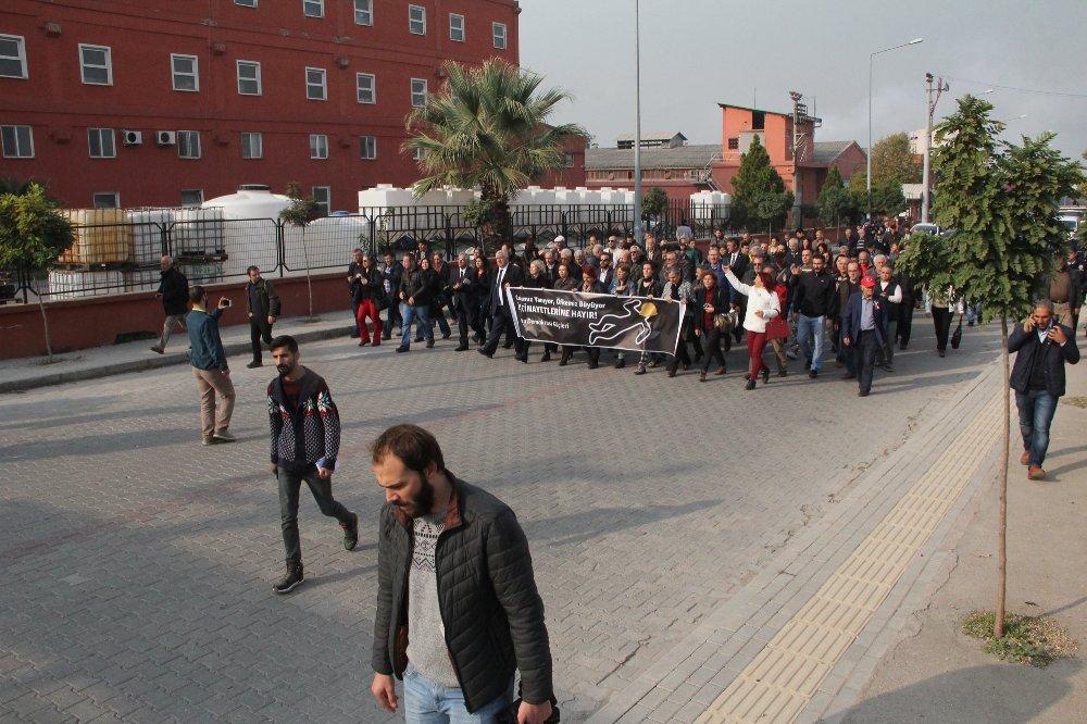 Patlamanın Olduğu Fabrikanın Önünde Protesto