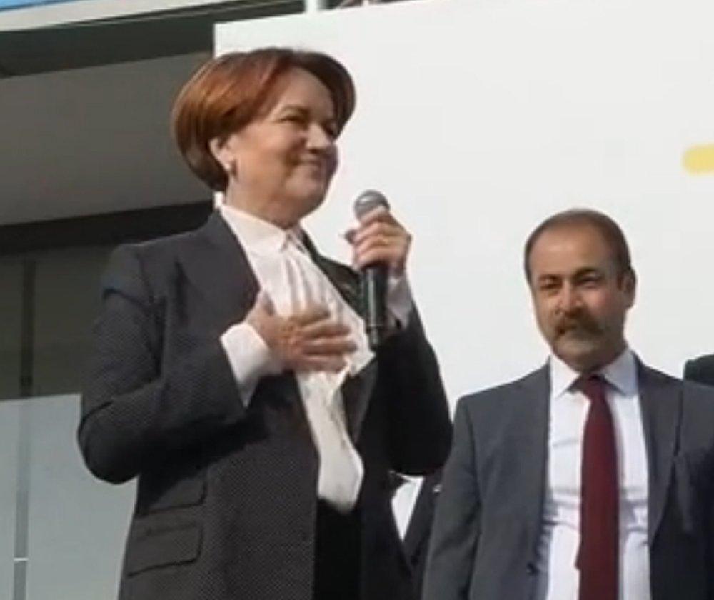 Genel Merkez Açılışında İstiklal Marşını Unuttu