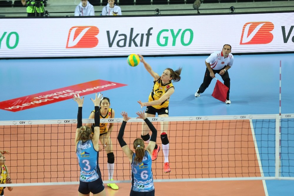 Vakıfbank Şampiyonlar Ligi'nde Set Vermedi
