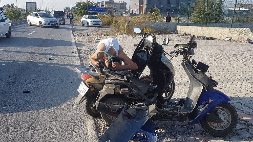 Kaza Sonrası 'Pes' Dedirten Görüntüler