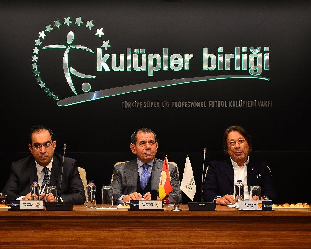 Dursun Özbek'tan Yabancı Sınırı Açıklaması