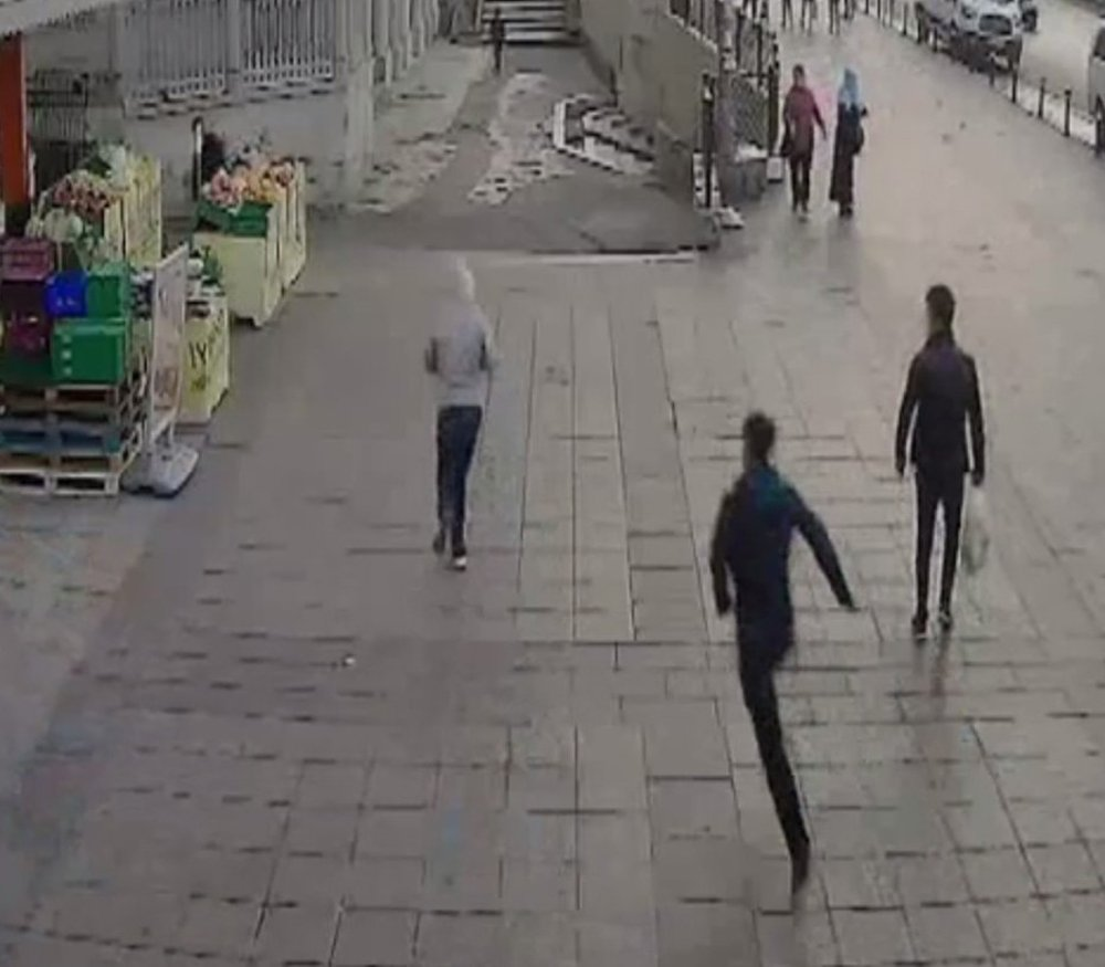 İstanbul'da Güpegündüz Gasp Dehşeti !
