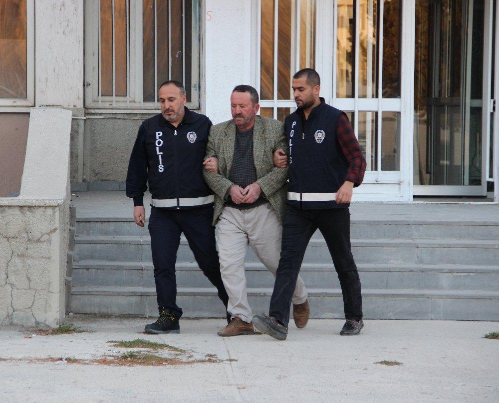 Terörist Başı Gülen'i Savunan Şahıs Gözaltında