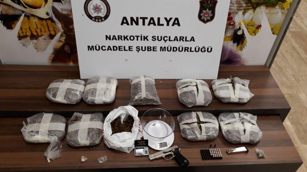 2 İlde Uyuşturucu Operasyonu: 11 Gözaltı