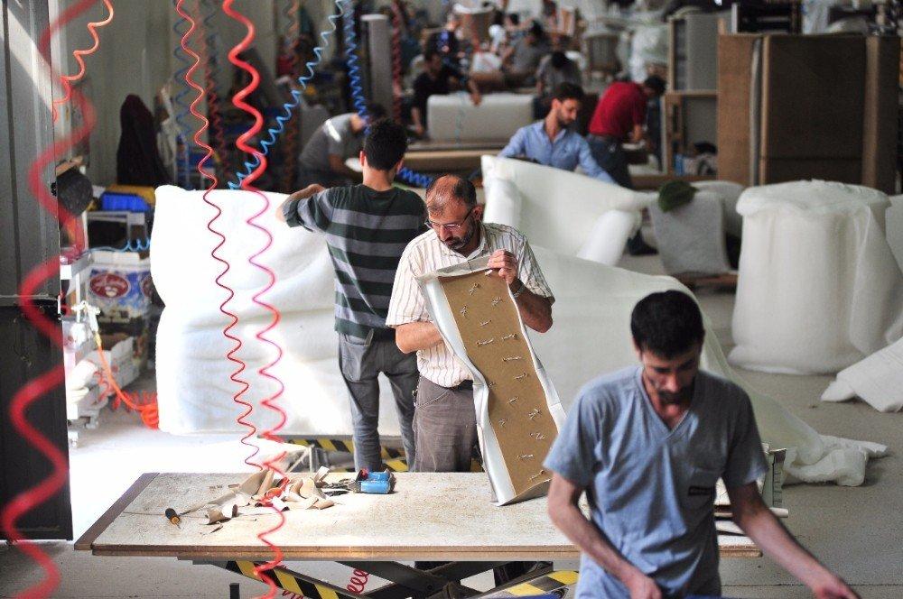 İnegöl Mobilyacısının Yeni Rotası Hindistan
