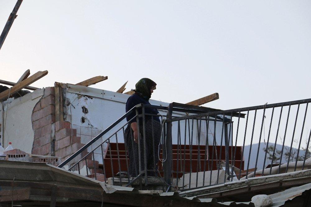 Antalyalı Çiftçiler Yaralarını Sarıyor