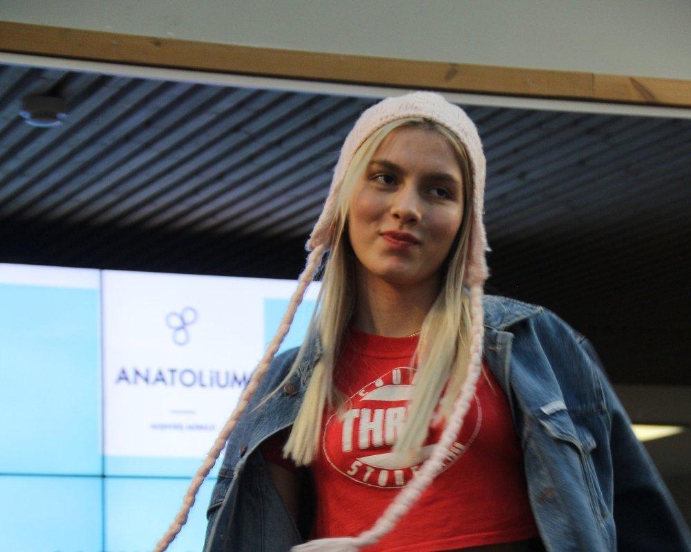 Bursa'da Aleyna Tilki İzdihamı