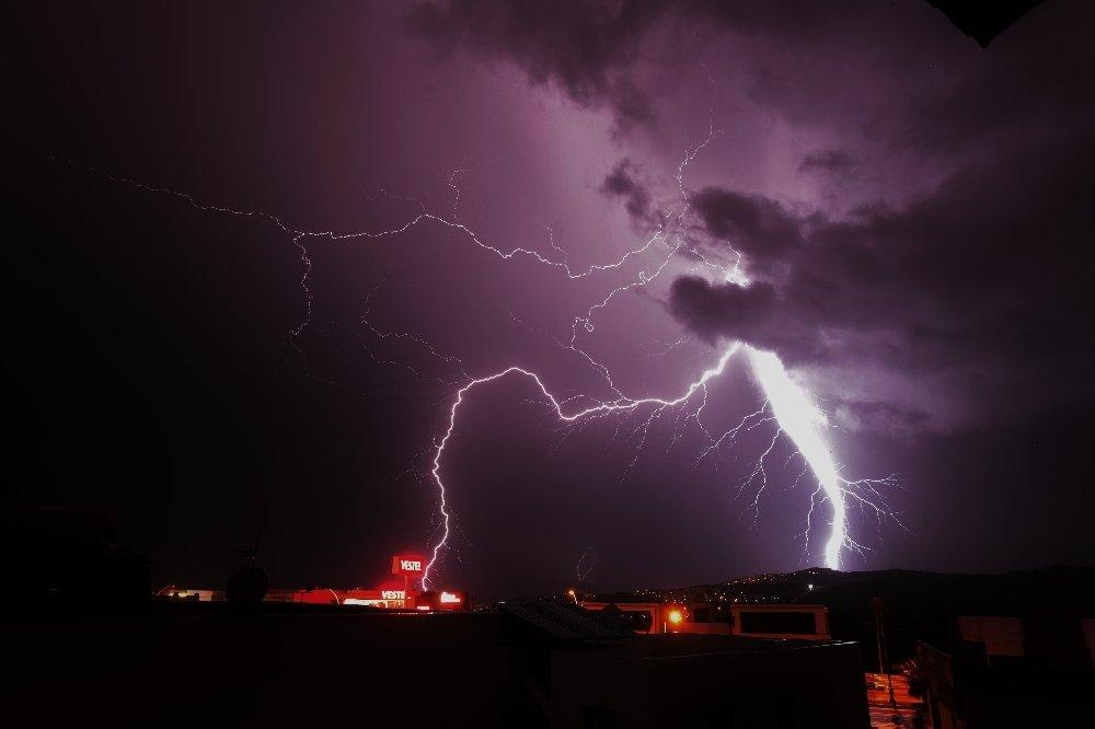 Bodrum'a Şimşekler Yağmur Gibi Yağdı