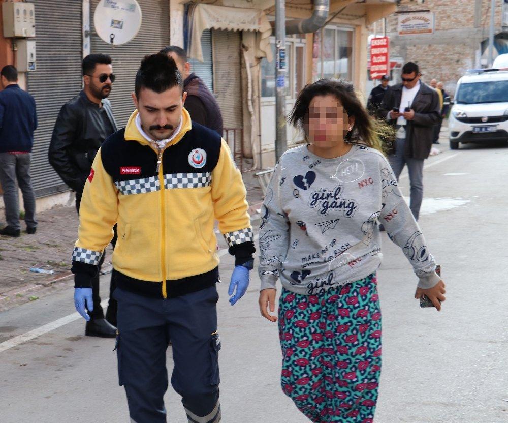 Rehine Krizinde Bir Polis Memuru Yaralandı