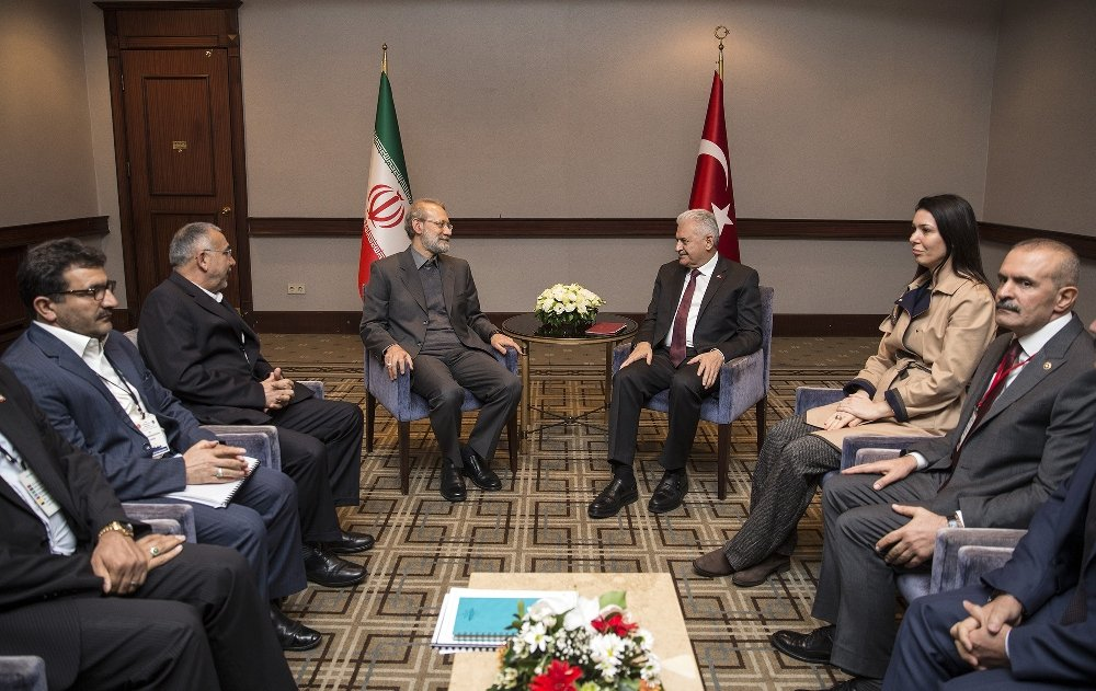 Yıldırım İran Meclis Başkanı İle Bir Araya Geldi