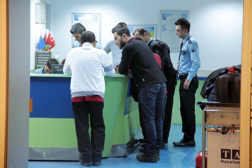 Ölüm Atatürk Havalimanı'nda Yakaladı