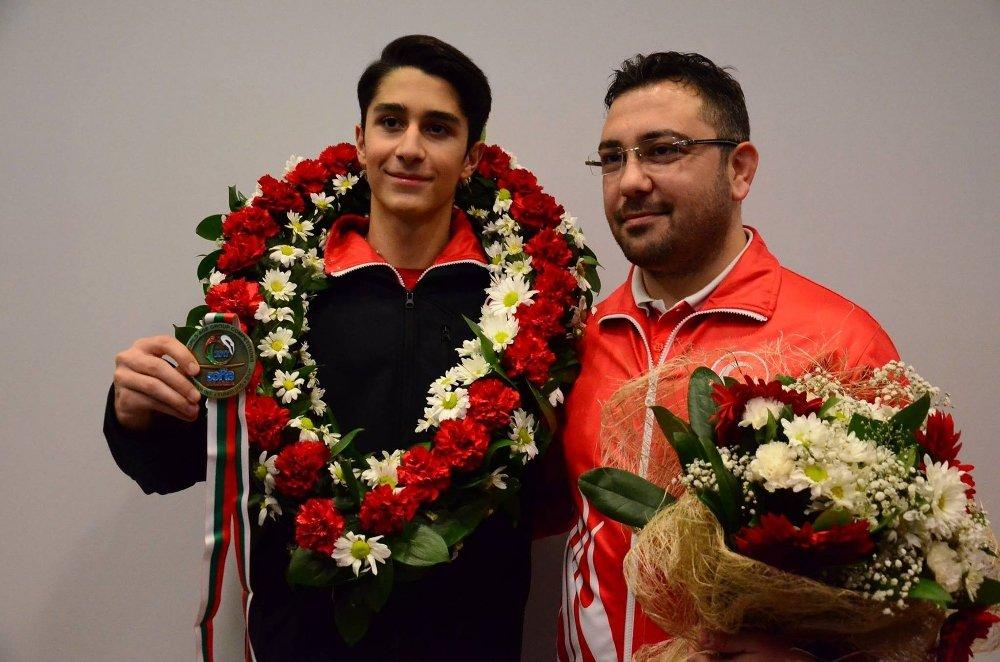Trambolin Cimnastik Dalında İlk Altın Madalya