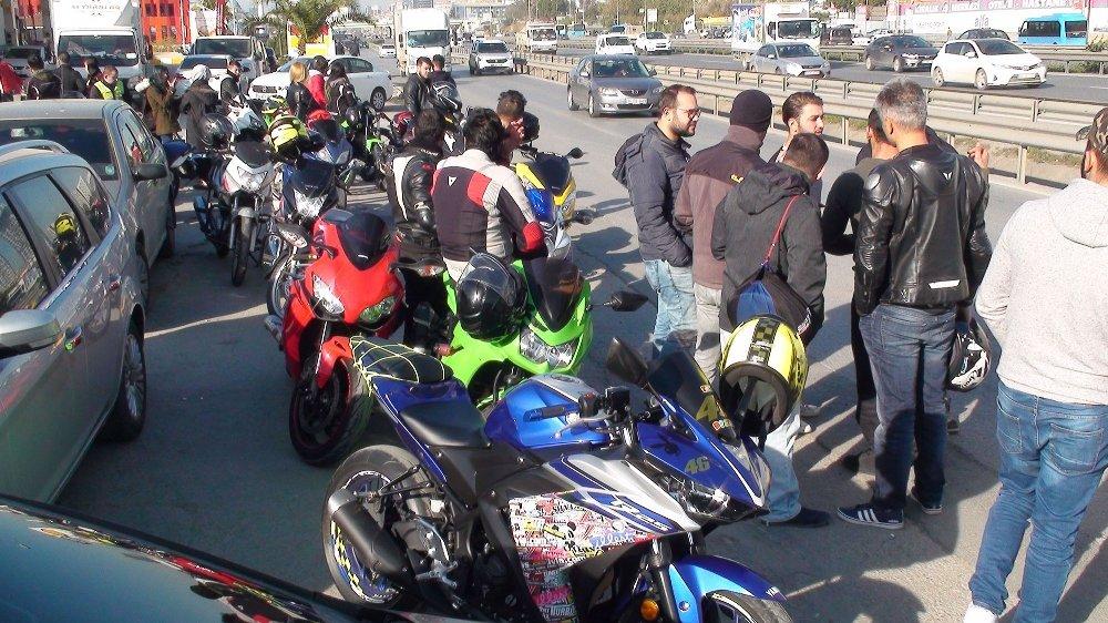 Ünlü Motosikletçi Gözyaşlarıyla Son Yolculuğuna Uğurlandı