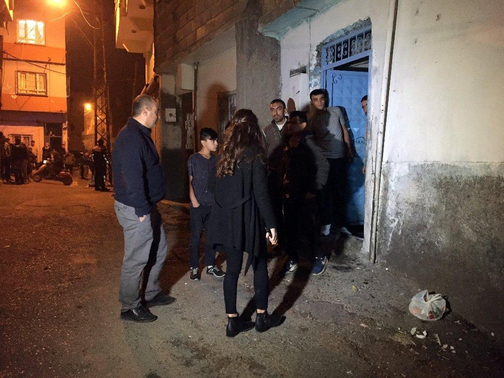 Eve Silahlı Baskın: 2 Kardeş Yaralandı