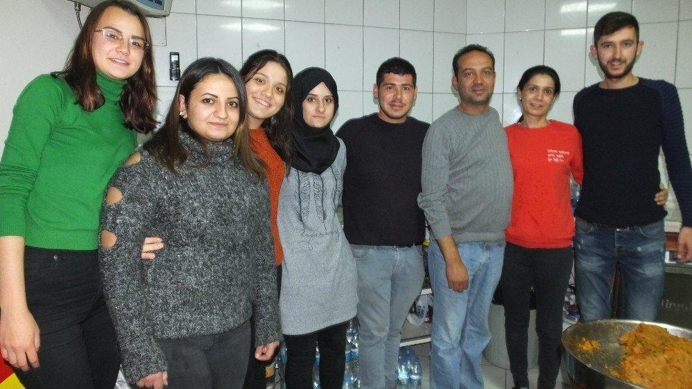 Burhaniye'de İş Yerlerinde Kadın İstihdamı Artıyor