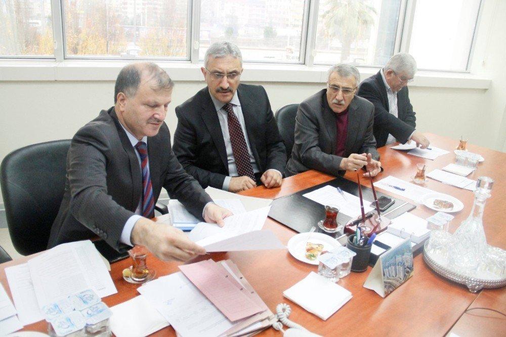 Büyükşehir Encümen Toplantısında Kiralama İhaleleri Yapıldı