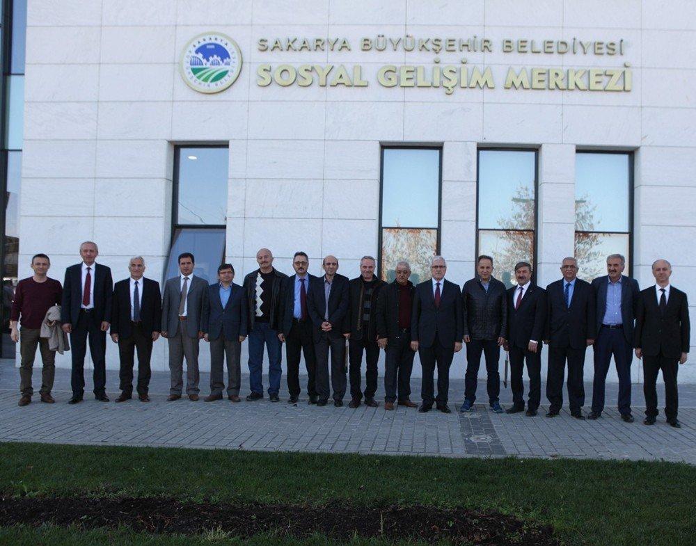 Büyükşehir Belediyesi Sgm İle Macera Park Yöneticilerini Ağırladı
