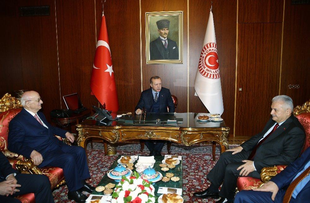 Erdoğan, Kahraman Ve Yıldırım Bir Arada