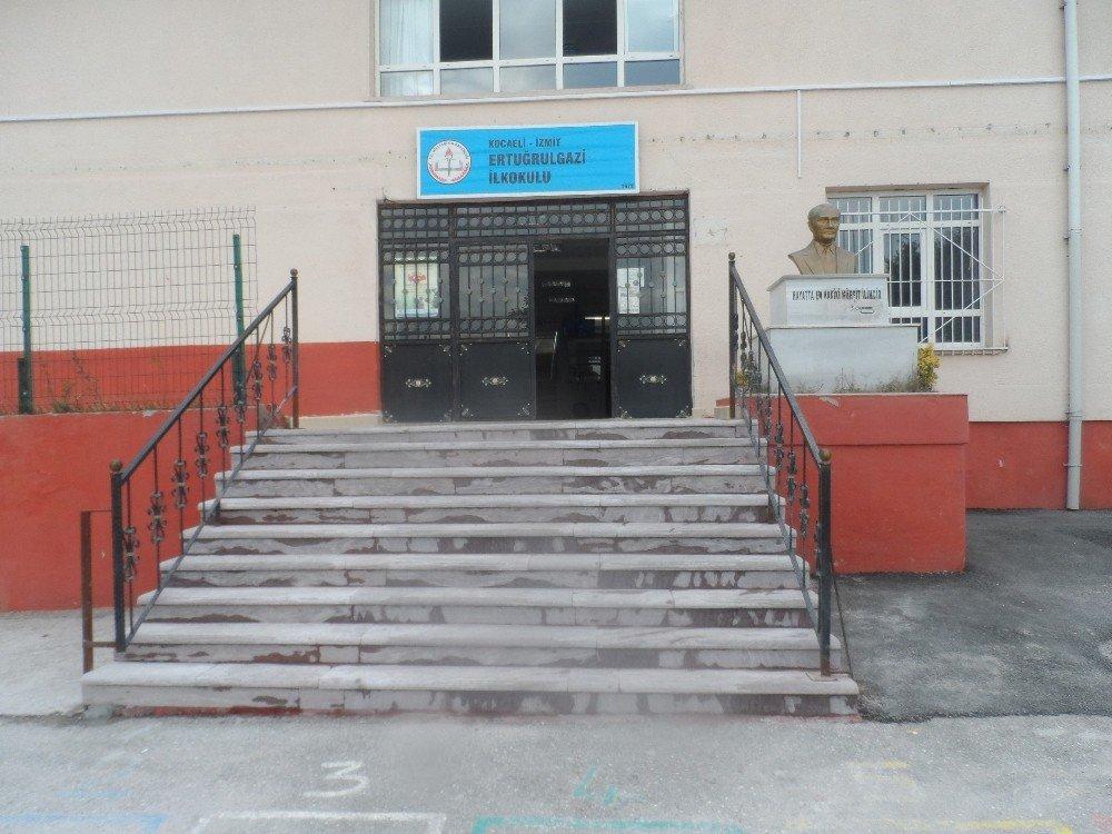 İzmit Belediyesi Çalışmalarını Sürdürüyor