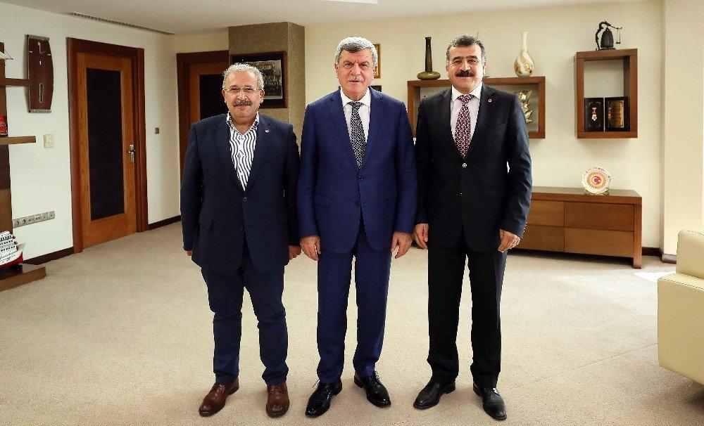 Başkan Karaosmanoğlu, Birleşik Metal-iş Sendikası İle Bir Araya Geldi