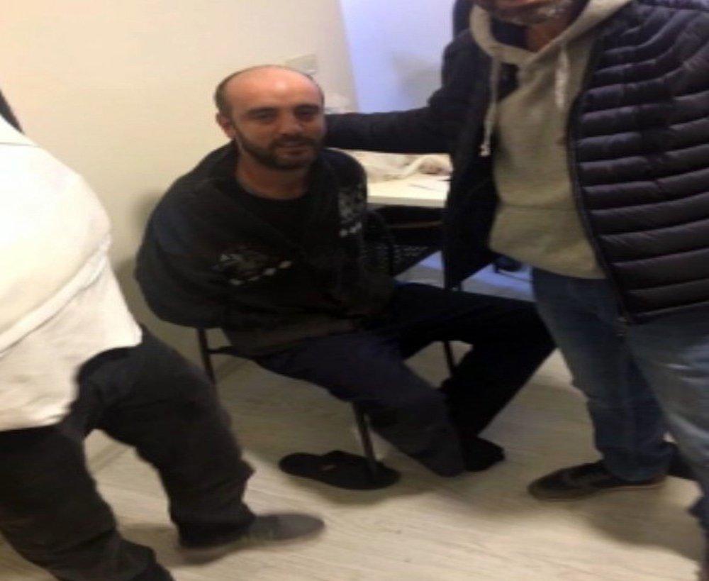 Etek Giydirmişti: Perukla Yakalandı