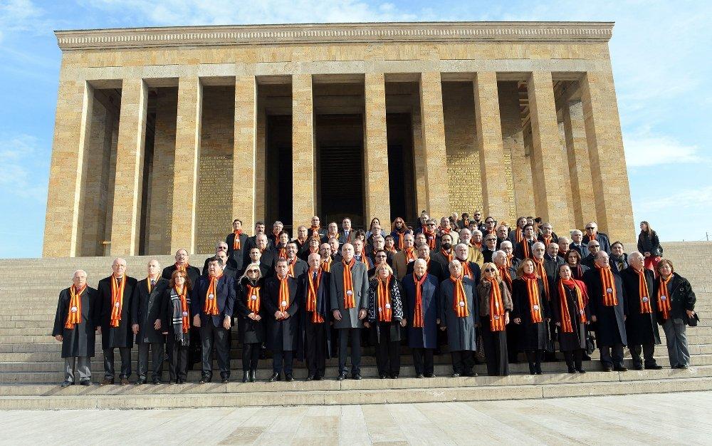 Galatasaray'dan Anıtkabir Ziyareti