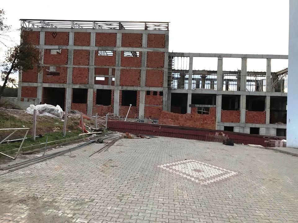 Altınova Kız Öğrenci Yurdu, bitme aşamasında