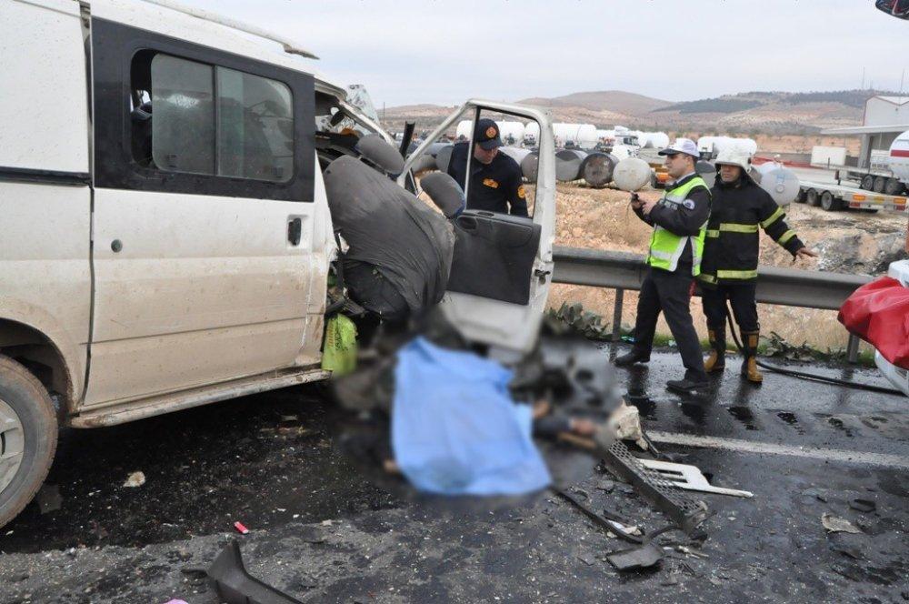 Katliam gibi kazada hüzünlendiren görüntü