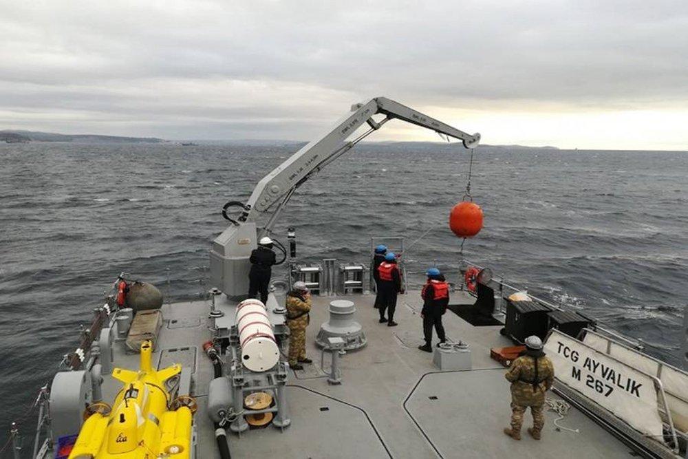 Türk donanması dosta güven düşmana korku saldı