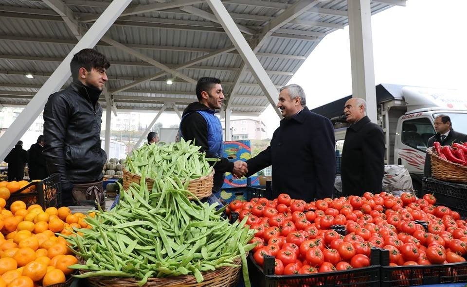 Körfez'de bir kapalı pazar daha faaliyete geçti
