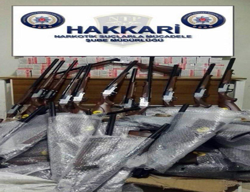 Hakkari'de silah ve ecza ürünü operasyonu