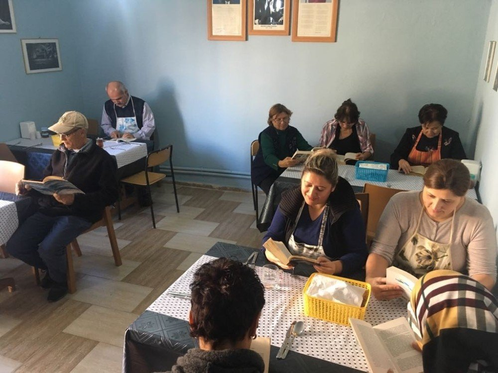 Ayvalık Halk Eğitimi Merkezi'nden anlamlı proje