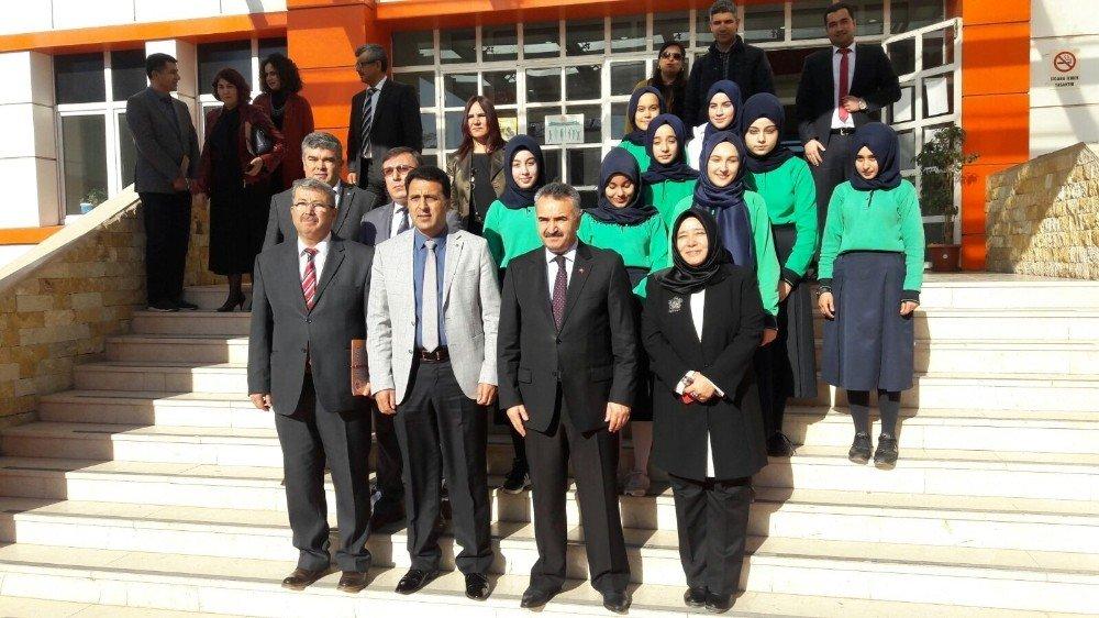 Osmaniye'de robotik kodlama sınıfı törenle açıldı