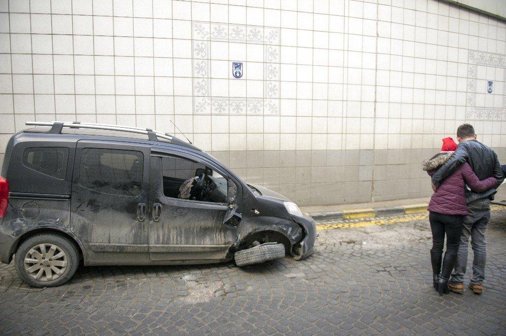 Alkollü sürücü kaza yaptı: 2 yaralı