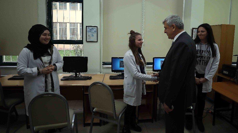 Başkan Karaosmanoğlu, öğrenciler ile bir araya geldi