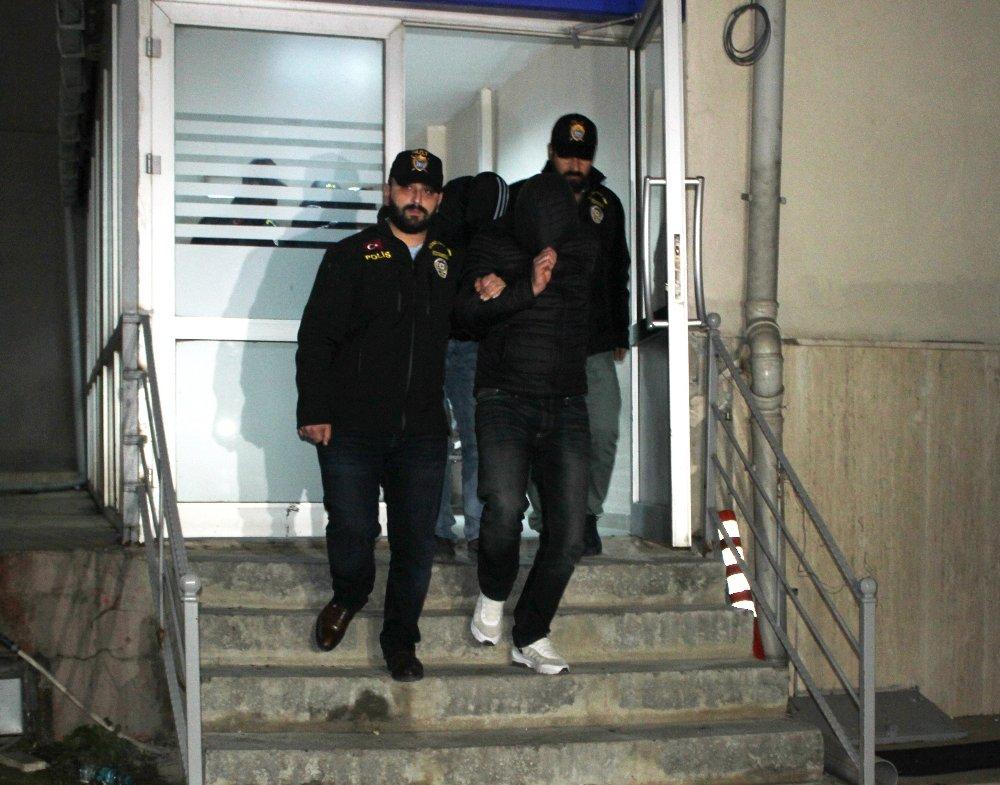 İstanbul'da öğrencileri hedef alan zehir tacirleri yakalandı