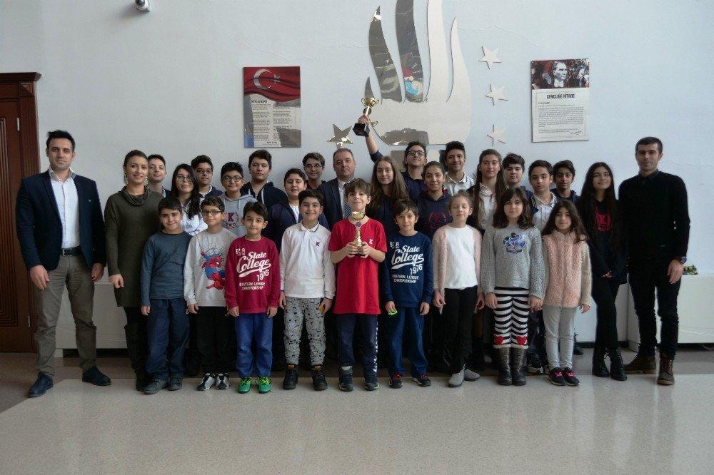 Türkiye'nin en hızlı ve en doğru kodlayanı Diyarbakırlı öğrenciler seçildi