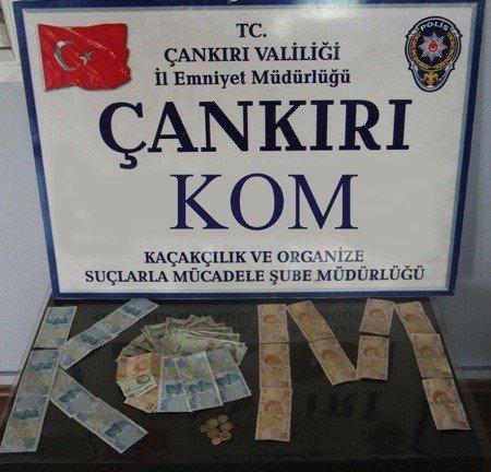 Piyasaya sahte para süren 3 kişi tutuklandı