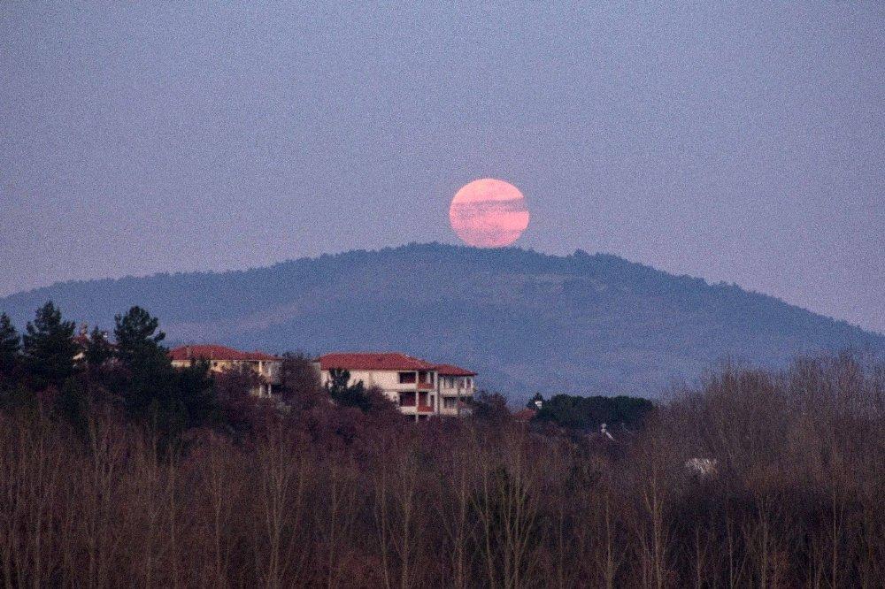 Kaz Dağları'nda 'Süper Kanlı Mavi Ay'