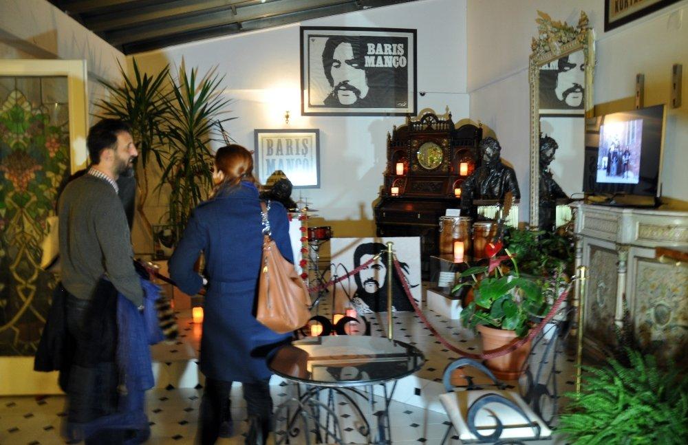 Barış Manço'nun evine ziyaretçi akını