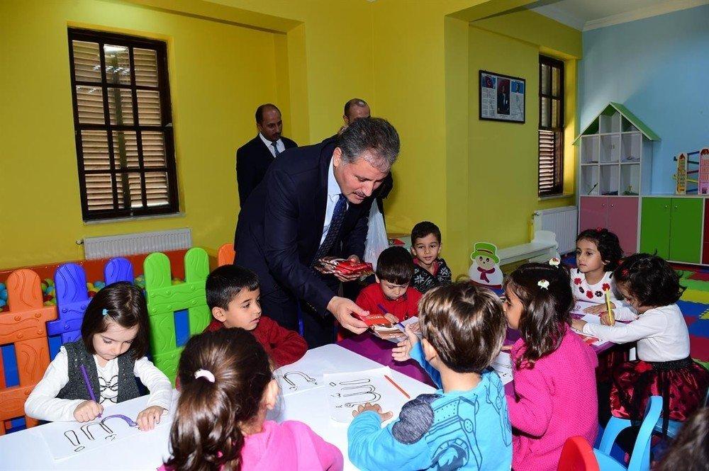 Büyükşehir'den başarılı öğrencilere kurs desteği