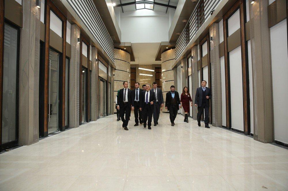AK Parti İl Gençlik Kolları Başkan Büyükkılıç'ı ziyaret etti