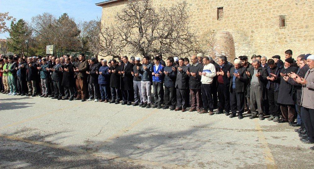 Elazığ'da kar duası