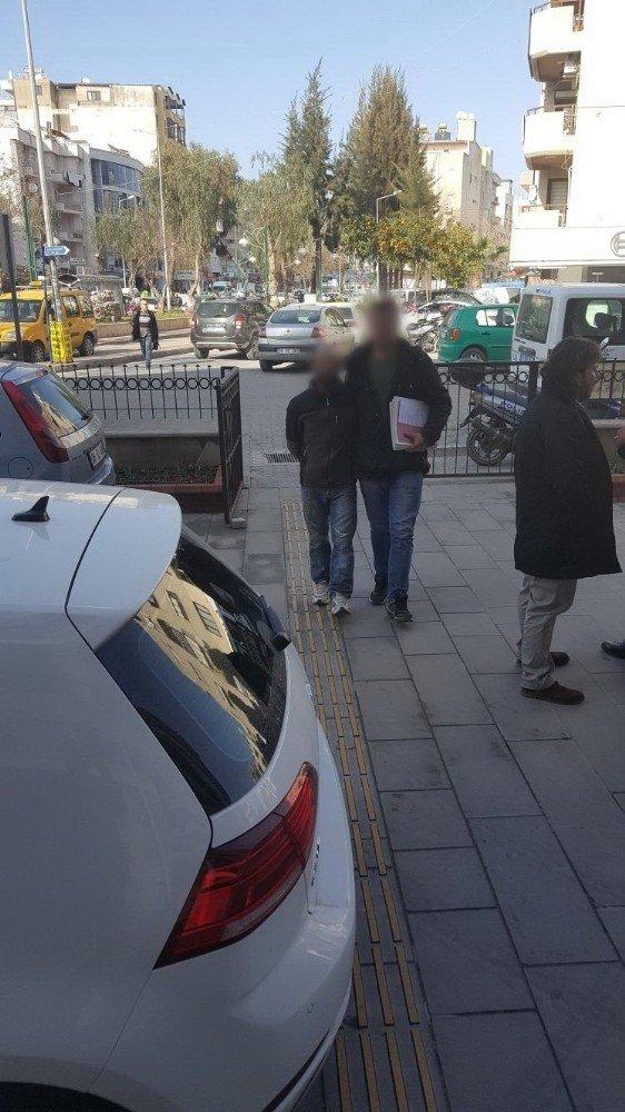 Kuşadası'nda polis hırsızlık zanlısı 2 kişiyi yakaladı
