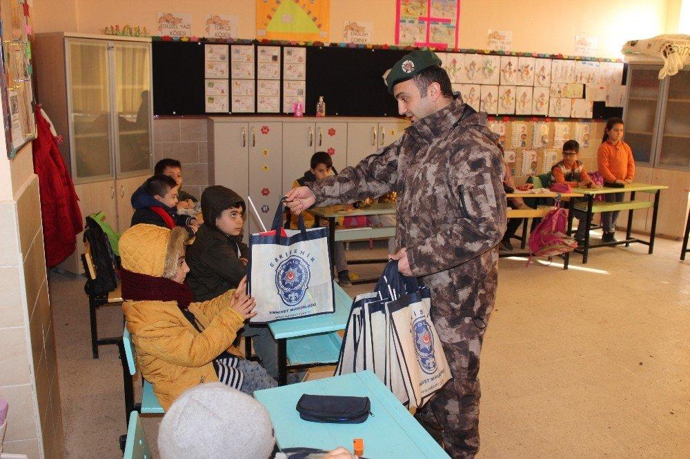 Şehit polisin adı Z Kütüphane ile yaşayacak