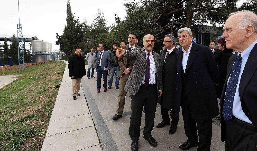 """Başkan Karaosmanoğlu, """"Biyoteknoloji alanında geleceğe damga vuracaklar"""""""