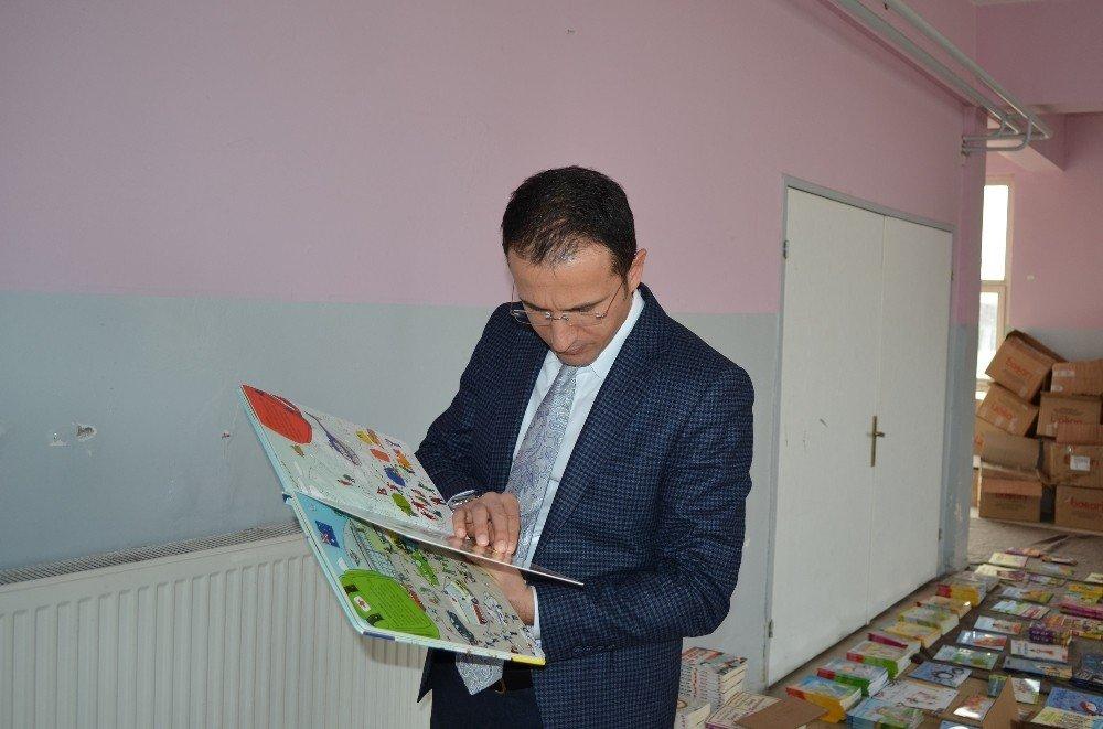 Emniyet Genel Müdürlüğünden Adilcevaz'a 360 bin liralık eğitim desteği