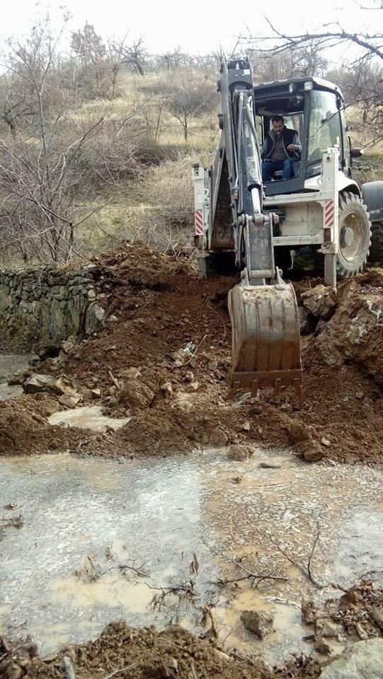 Kale'deki yol çalışmaları devam ediyor