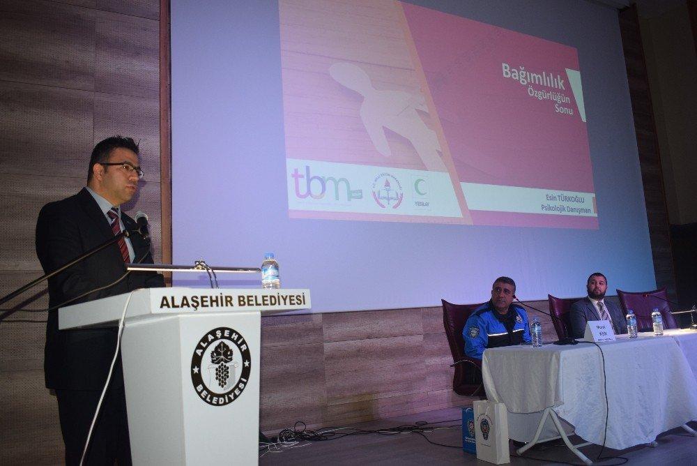 Alaşehir'de 'Madde Bağımlılığı ile Mücadele' paneli